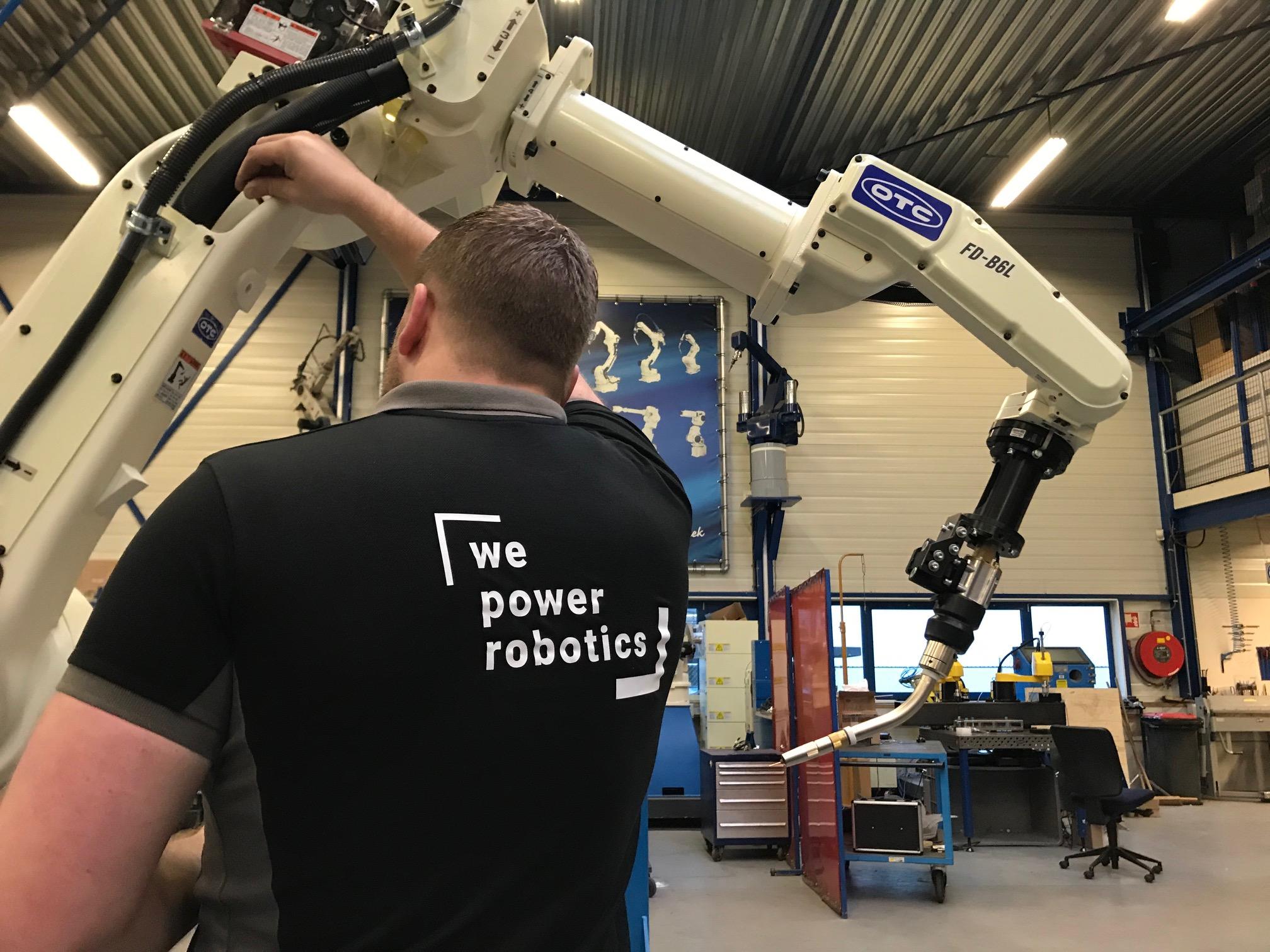 De service van Rolan robotics!